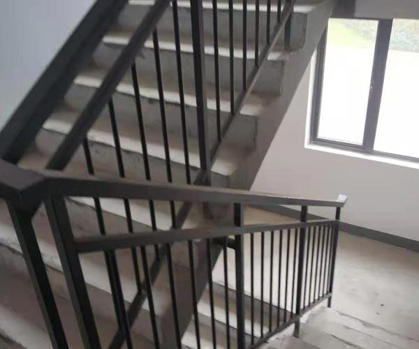 详解栏杆的设计要求